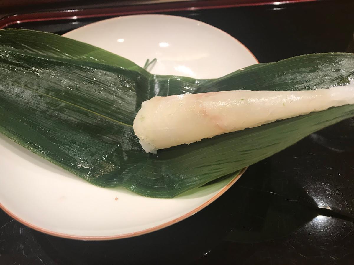 開けるとお寿司